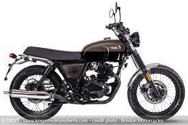 Dealim S4 50 cc 4 temps chez Espace Moto Roquevaire